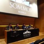 Bodega SOMMOS se convierte en nuevo patrocinador de la SD Huesca. Esta mañana se ha firmado el acuerdo del patrocinio en la misma bodega.